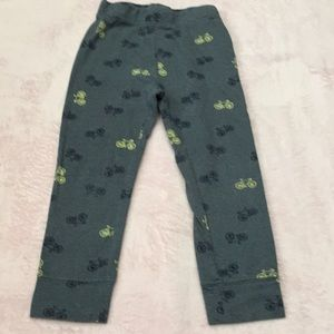 Old navy pants size 3t